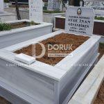 Tek Kişilik Geniş Baş Taşlı Mermer Mezar