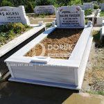 tek kişilik bastasi koltuklu mermer mezar-10