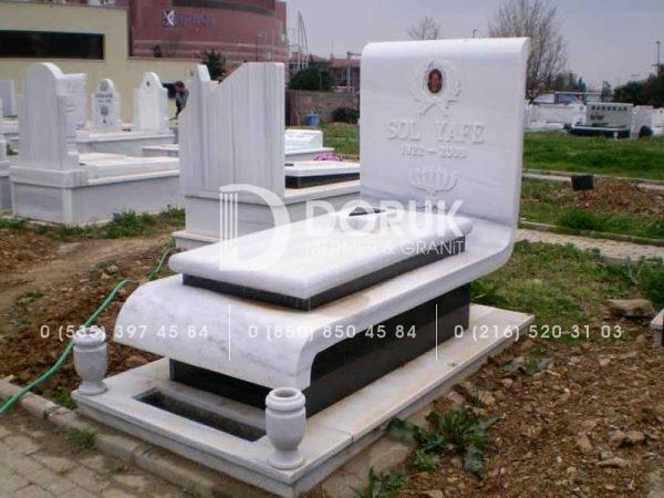 gayrimuslim-mezar-modelleri-granit2