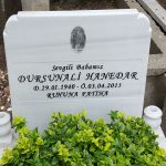 kabartma yazı mermer mezar tasi-2