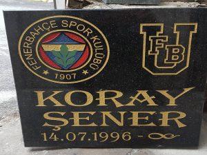Mezar Taşı Üzerine Logo ve Arma